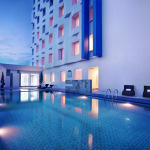 Atria-Hotel-Magelang-Swimming-Pool